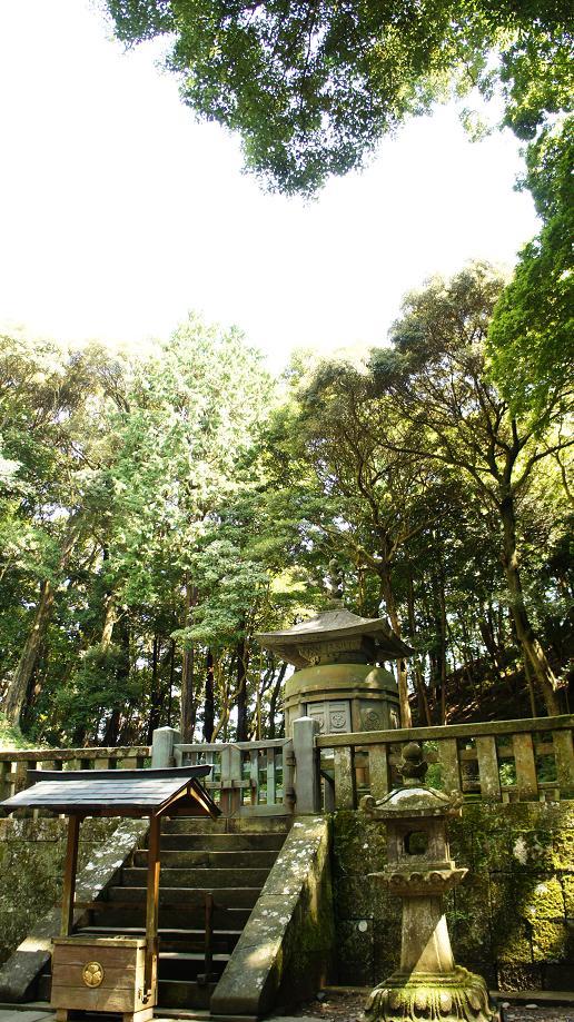久能山の家康公墓