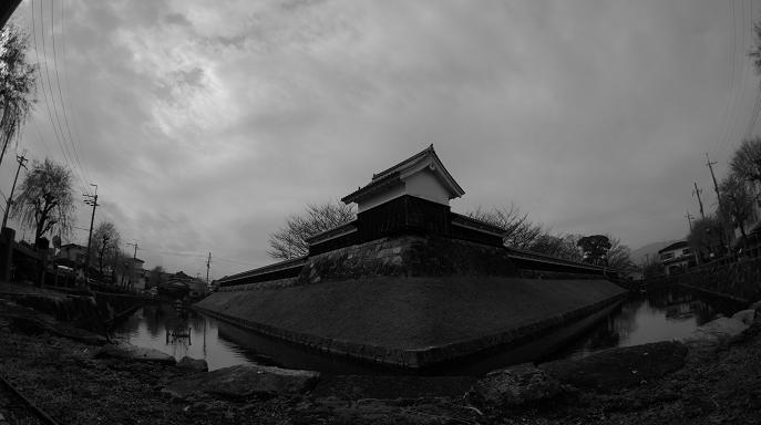 勝龍寺城モノクロ