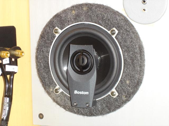 良い音で有名なボストンアコースティクス PROシリーズのスピーカー