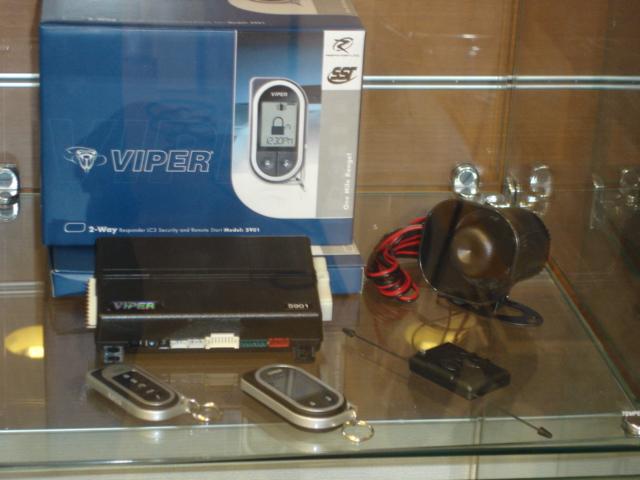 VIPER-5901 液晶リモコンでも金額をお安く抑えられます。