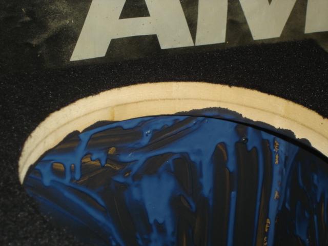 ワンオフ ウーファーボックスの厚み