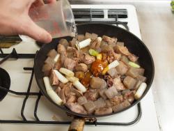鶏レバーとこんにゃくのぴり辛煮33