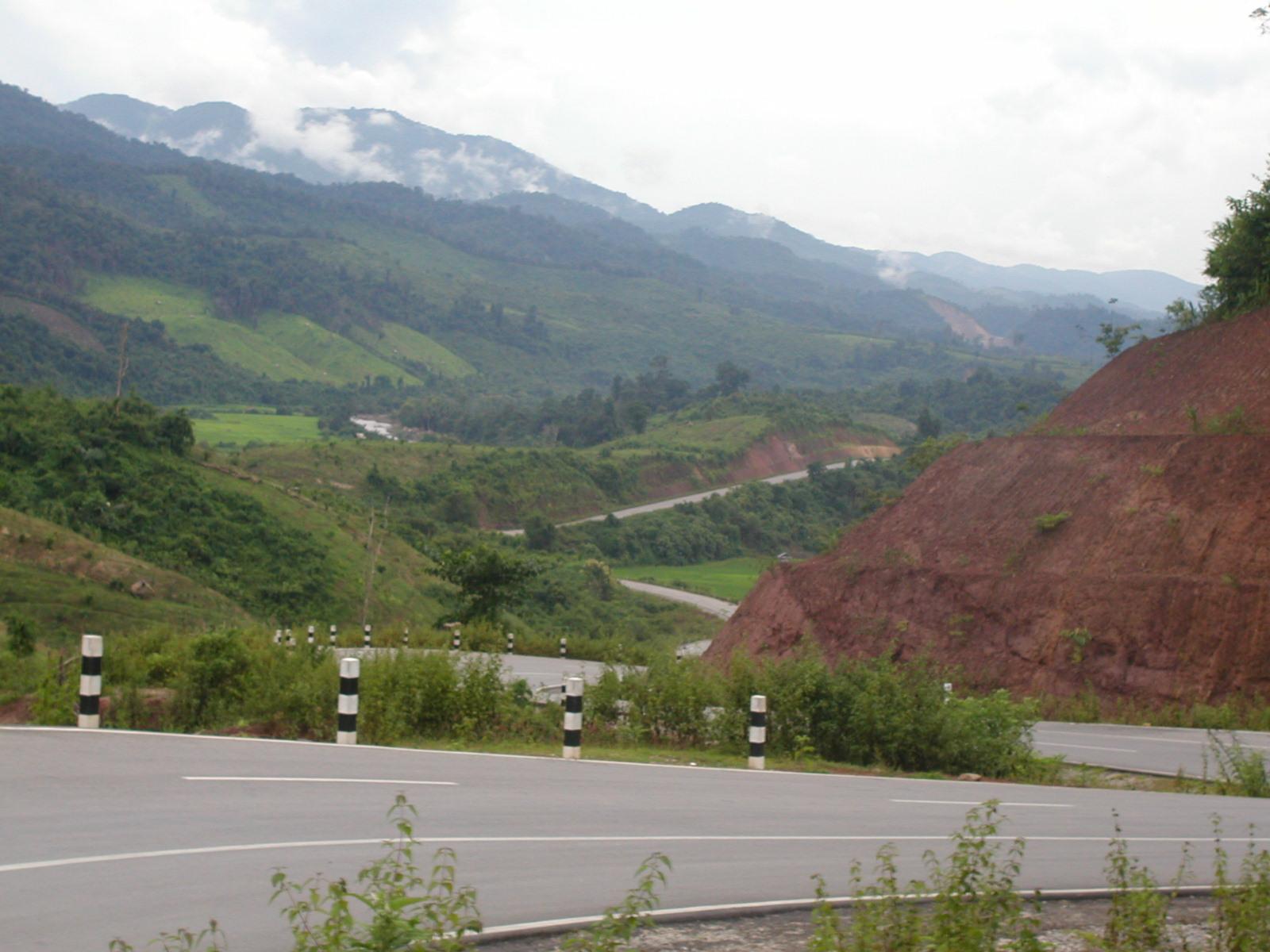 ラオス国道3号線
