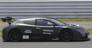 EVレースカー:Nissan LEAF NISMO RC