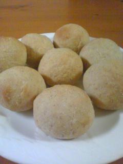 ライ麦入り丸パン
