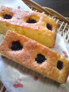 ブラックベリーのケーキ