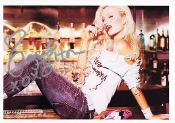 Paris Hilton1-3