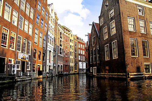 s-Canals_of_Amsterdam-Amsterdam-image-2.jpg