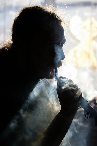 s-Shisha_smoker.jpg
