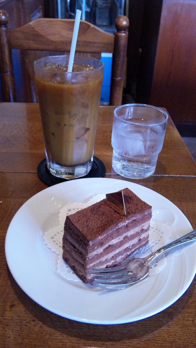 チョコレート・ケーキ・セット_20100829