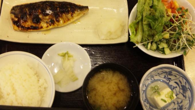 サバ塩焼き定食_20100909