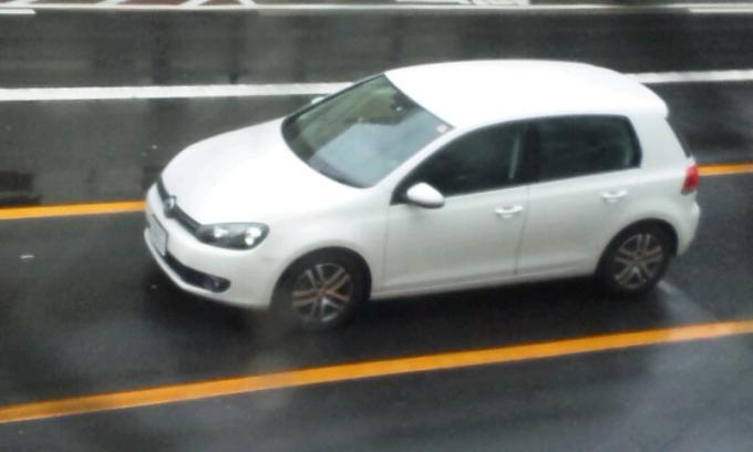 VW   GOLF_20120317