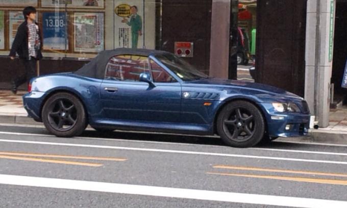 BMW   Z  3_20120407