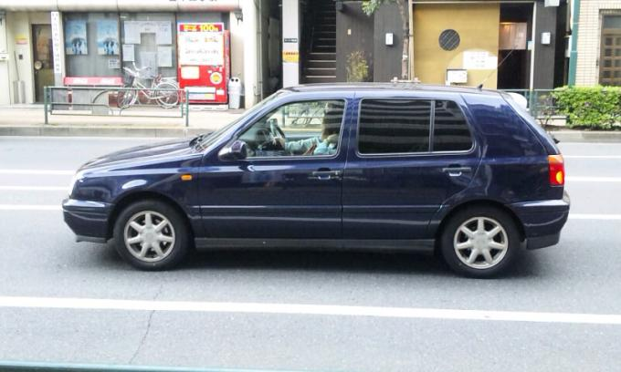 VW  GOLF_20120501