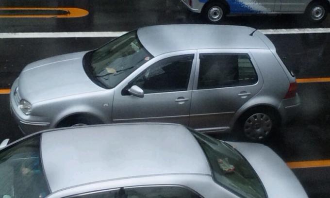 VW   GOLF_20120502