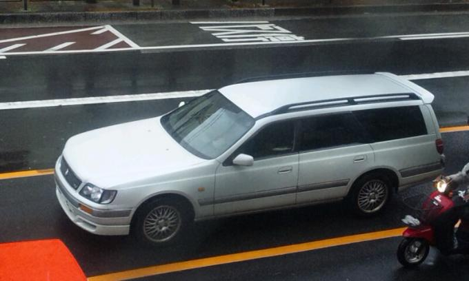 NISSAN   STAGIA_20120515