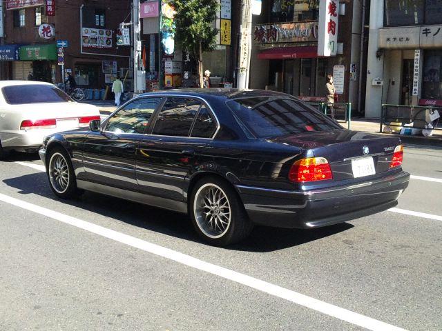 BMW 7 Series_20101129