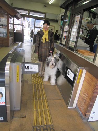 下諏訪駅で