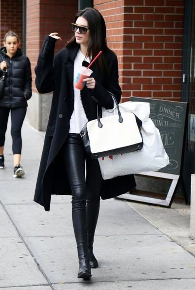 Kendall+Jenner+Out+NYC+_90ChdohD4Wl.jpg