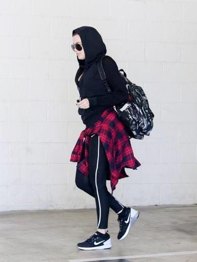 Khloe+Kardashian+gym+20140922_01.jpg
