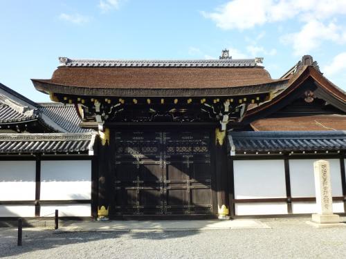 西本願寺中雀門