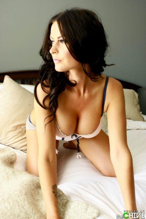 beautiful-busty-girls-women-boobs-23.jpg