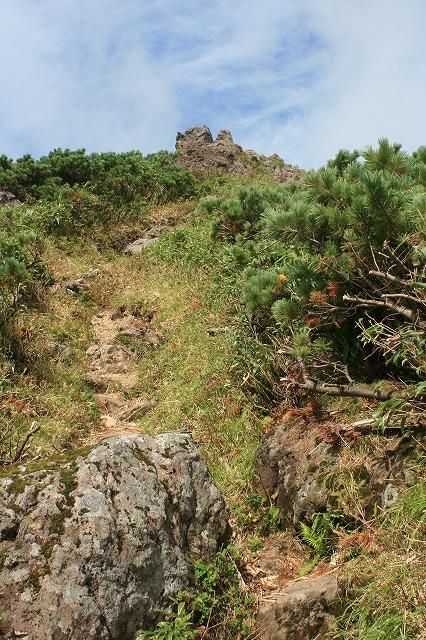 チセヌプリ最後の岩場