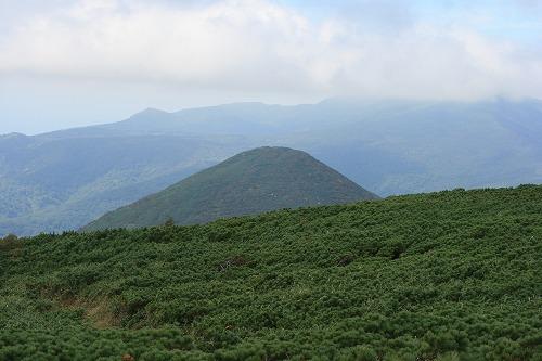 シャクナゲ岳100912