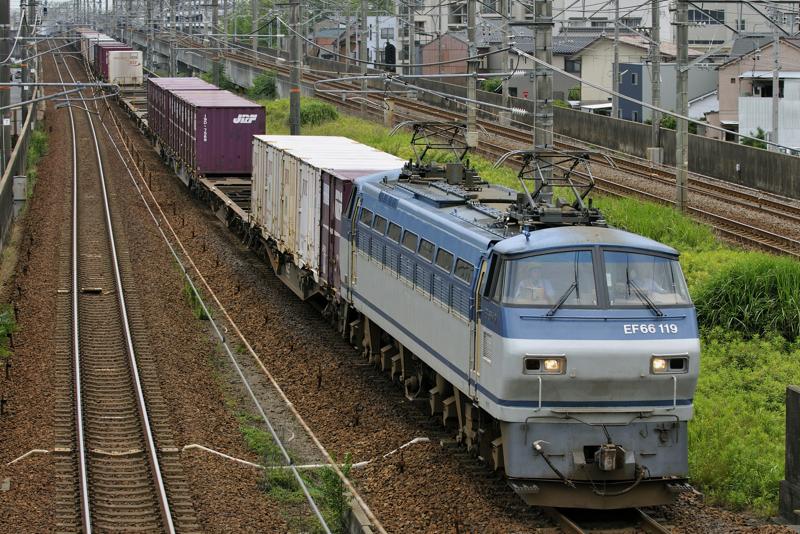 2071レ EF66-119号機
