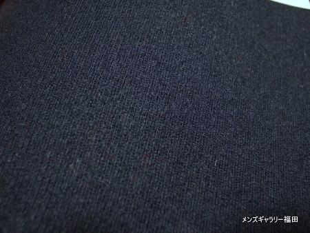 キャバリーツイルの紺