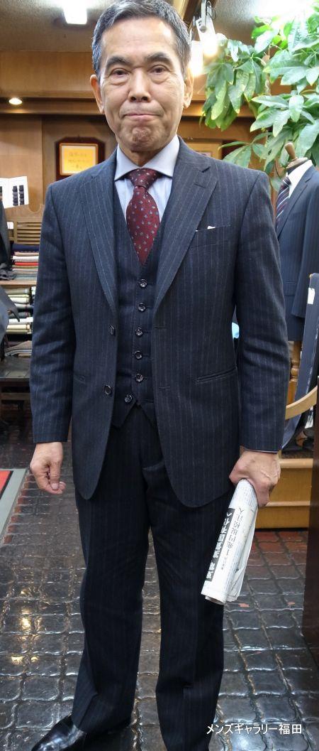 店長の自分用スーツ