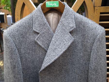 ハリスツイードのコートの襟です