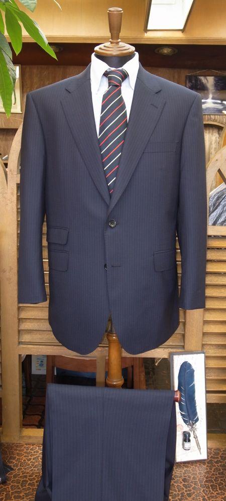 ゼニアのクールエフェクトのスーツ