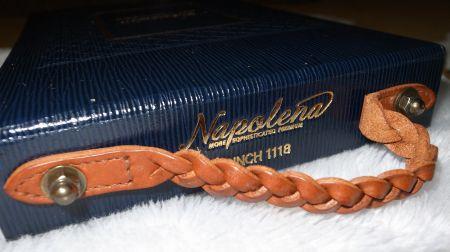 ナポレナのバンチブックの革の部分