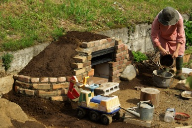 ピザ窯づくり-土工