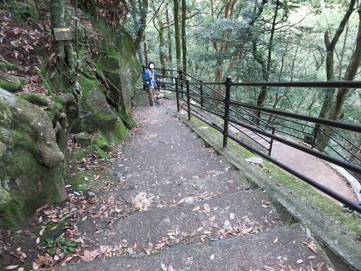 10-14滝階段