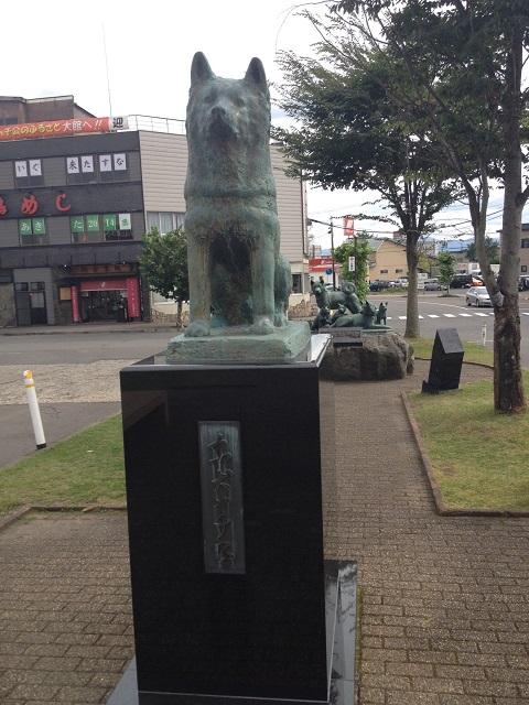 ハチ公銅像