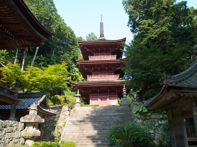長命寺三重塔