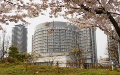 桜&病院4(人が居ないとやはり寂しいですね)