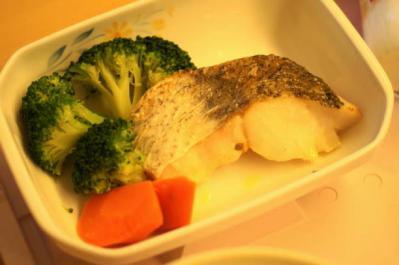 五分菜食8月3日夕食 白身魚のバタ焼き