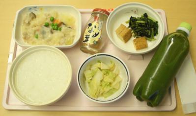 よ9月27日夕食クリームシチュー、からし和え、小松菜