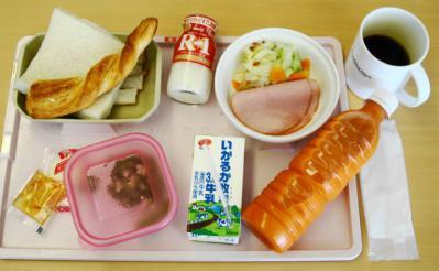あ9月28日朝食+ジュースヨーグルト