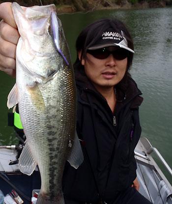 ゲストのT橋さん ダル釣でGOODサイズをキャッチ!!
