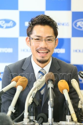 大輔さん引退会見2