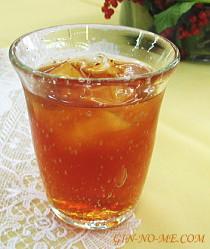 銀の芽紅茶店 ディンブラのアイスティー