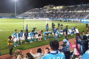 選手達には「横浜」コールでエールを贈った