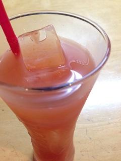 とらっとりあ エンメエッセ グレープフルーツジュース