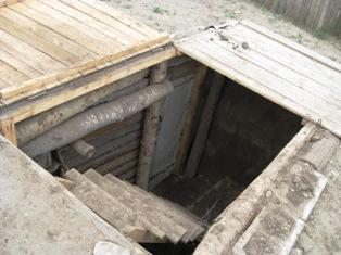 地下室 3