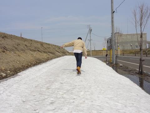 はしゃぐダーリン01(2012.04.22)