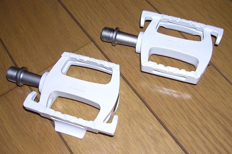 810-VP-ハイパックカーボンペダル-Y-9308-ホワイト